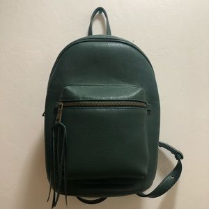 G.H. BASS & CO backpack